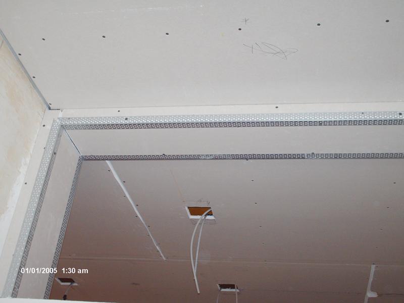 Amazing cartongesso soffitto with cartongesso soffitto for Costo del soffitto a cassettoni